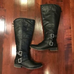 madden girl Flat Round Toe Riding Boots Size 9